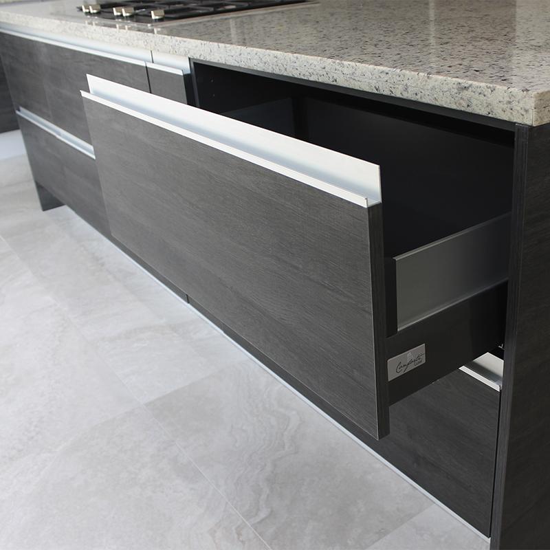 Puerta para cajón para mobiliario de cocina, baños, clóset y vestidores